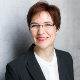 Dr. Kornelia Berghof Jäger